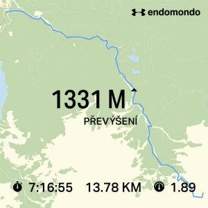 Záznam trasy výstupu na chatu. Převýšení 1331 m za den pomůže rychle nabrat fyzičku.